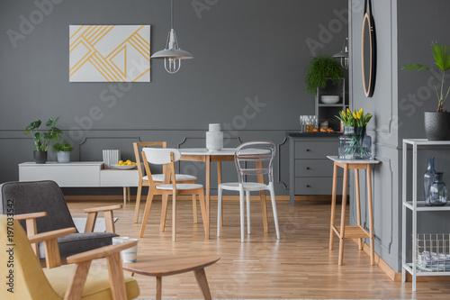 Simple Dining Room Interior Design Stockfotos Und Lizenzfreie