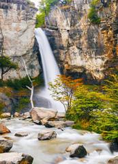 Fototapete - Chorrillo del Salto waterfall in Patagonia