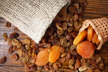 dry fruits of grapes and apricots