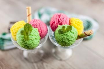 Ice cream vase