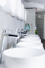 Image of ceramic wash basin  in bathroom fitment store