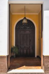 Zaguán de una casa en Carmona, Sevilla, Andalucía, España