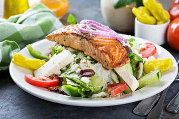 Grilled salmon with fresh salad