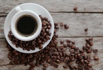 tasse de café vue plongeante