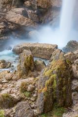 La fine del salto d'acqua della cascata Slap Peričnik in Slovenia