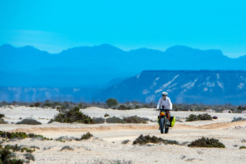 fat bike in the desert travelling california