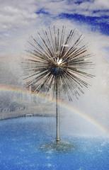 Brunnen mit Regenbogen