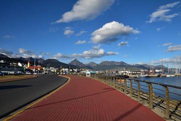 Vue sur la baie et le port d'Ushuaia en Argentine