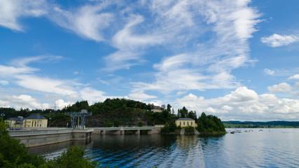 the Bleiloch-dam at waterside