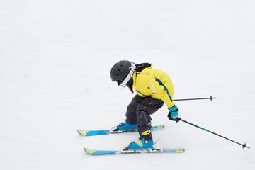 Nachwuchs-Skiläufer mit viel Tempo