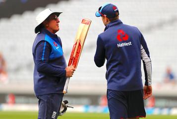 Cricket - Test Match - New Zealand v England - Eden Park, Auckland