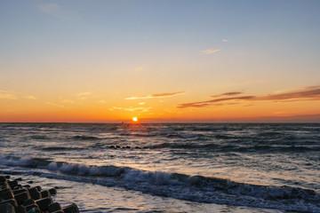 日没の水平線