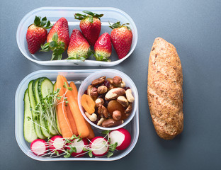 School healthy lunch box