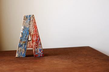 wooden alphabet letter A 木製アルファベット A