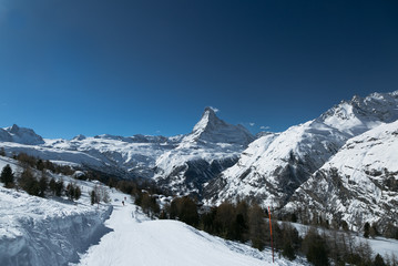 Perfect skiing conditions. Snowboarding in Alps