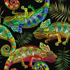 Embroidery color chameleons and palm leaves seamless pattern. Template for clothes, textiles, t-shirt design. Classical embroidery lizard chameleons