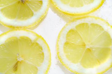 輪切りのレモン