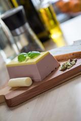 Bilder und videos suchen leberpastete for Holzbrett küche