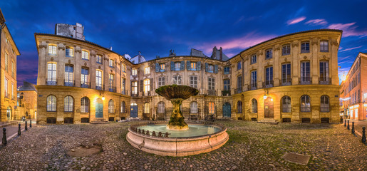 Fototapete - Aix-en-Provence, France. HDR panorama of Place D'Albertas square with old fountain at dusk