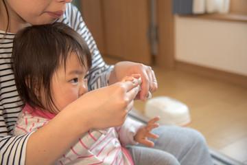 ・爪切り・育児・一歳児