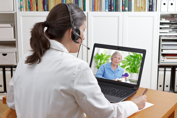 doctor video call patient drugs