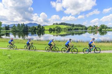 gemeinsamer Ausflug mit E-Bike und MTB
