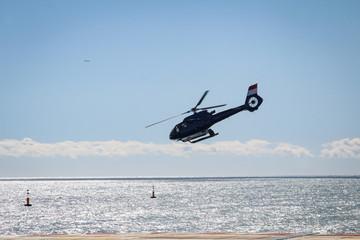 Hubschrauber, Detail eines Hubschraubers, hat abgehoben