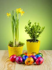 kolorowe farbowane jajka wielkanocne