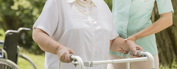 Making her first steps after the stroke