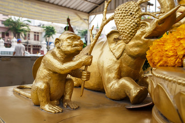 Wat Traimit - Temple of the Golden Buddha in China Town Bangkok, Thailand