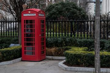 Fotorolgordijn Rood, zwart, wit Cabine téléphonique de Londres