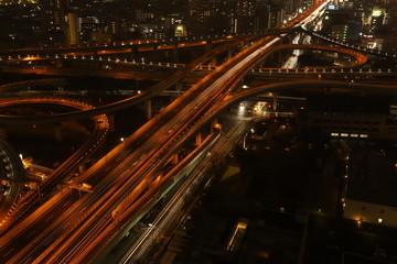 高速が入り組む大きなジャンクション