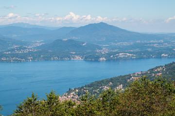 Panorama del Lago Maggiore visto dal Giardino Alpinia, Stresa, Lago Maggiore, Piemonte, Italia