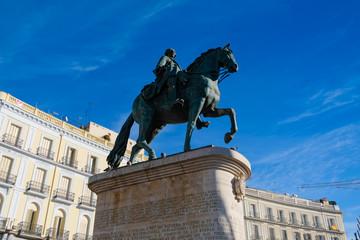 マドリード 太陽の門 カルロス3世騎馬像