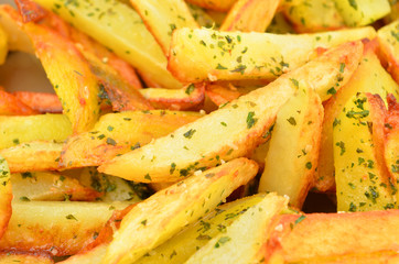 Fried potato with herb