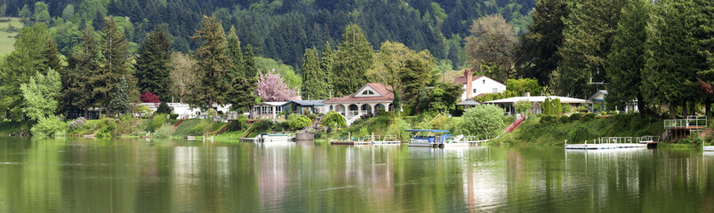 Lakefront properties, Woodland WA.