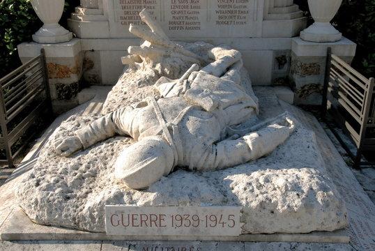 Château-Thierry, ville département de l'Aisne, monument aux morts guerre 1939-1945, France
