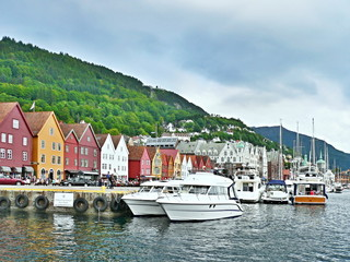 Foto op Canvas Stad aan het water Norway-embankment in Bergen