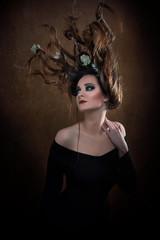Kreative Frisur - Haare - Headpiece - Kopfschmuck - Avantgarde