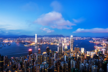 Fototapete - View of Hong Kong City skyline at dusk. View from The peak Hongkong.