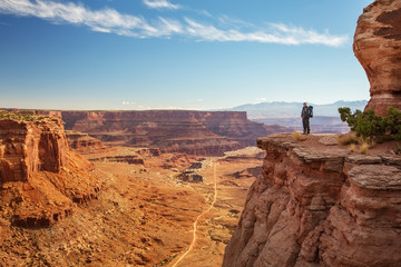 Hiker in Canyonlands National park in Utah, USA Fototapete