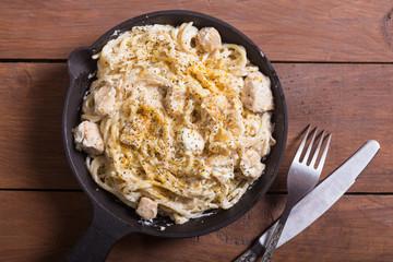 Pasta carbonara with cream sauce