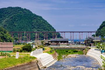 在りし日の余部鉄橋