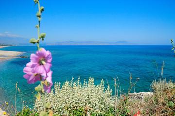 Paysage sauvage du sud de lîle de Crète