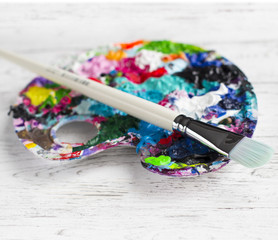 White brush to the palette
