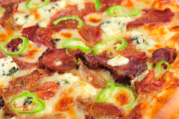 Papiers peints Pizzeria Pizza quattro stagioni. Italian pizza quattro stagioni closeup details.