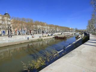 Narbonne / Narbona, ciudad de Francia del departamento de Aude, en la región de Occitania, al sur del país