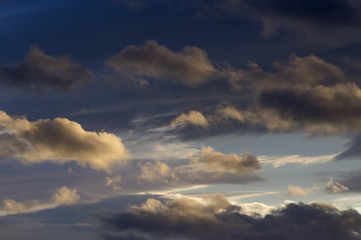 blue and white graduated cloudy sky