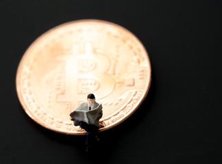 ビジネスマン, ビットコイン