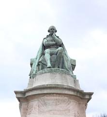 Statue de Jean-Baptiste de Lamarck. 1744-1829.